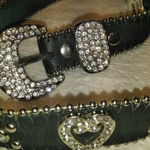 New Nocona crystal black leather rhinestone belt S